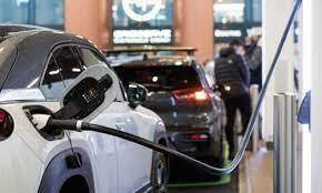 UK car industry 'could lose 90,000 jobs without new battery gigafactories'  | Automotive industry | The Guardian